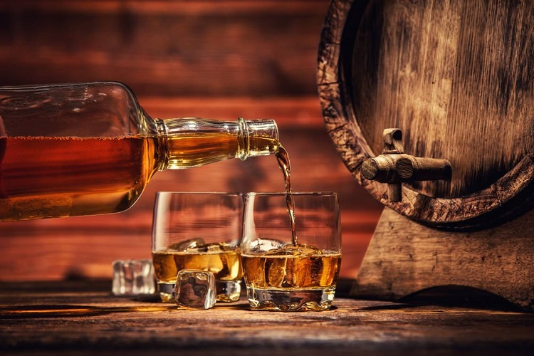 things to consider when storing whiskey